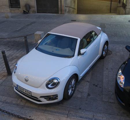 TOLEDO, SPAIN - CIRCA OCTOBER 2017: white Volkswagen New Beetle car Editorial