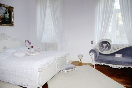 bedchamber: classic interior - bedroom