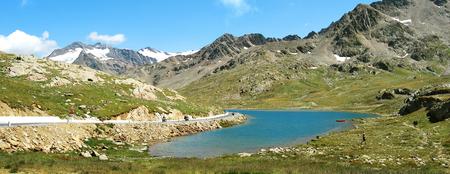 gavia: Bianco lake - Gavia Pass