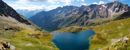gavia: gavia pass, black lake