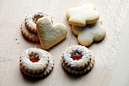 composition with sardinian biscuits