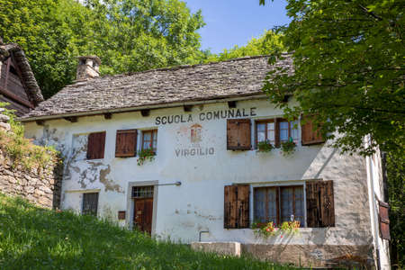Salecchio (VCO), Italy - June 19, 2020: Salecchio Inferiore school, Antigorio Valley, Ossola, VCO, Piedmont, Italy Editoriali