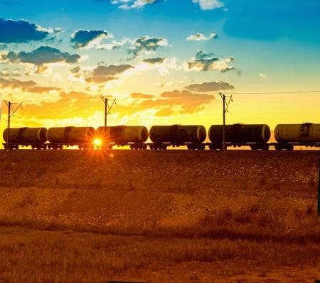 cisterne: Treno merci, passando per il fascio sanset
