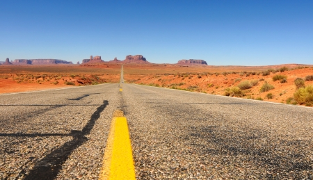 Grand vista of Monument Valley from Utah Highway 163 Imagens