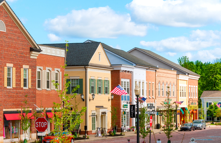 HUDSON, OH - JUNE 14, 2014: Hudson\'s new shopping district, First and Main