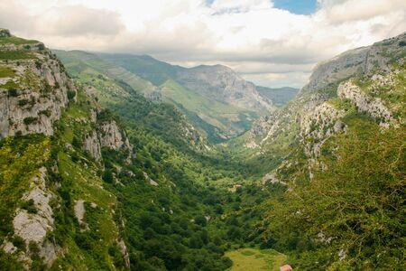 Valle del Ason, Collado del Ason, Cantabria. Valley hill Ason