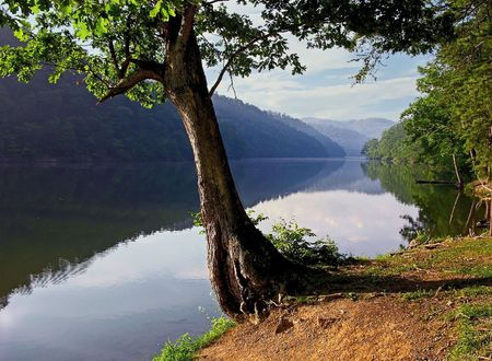 virginia: Lake at  Hungry Mother State Park in southwestern Virginia