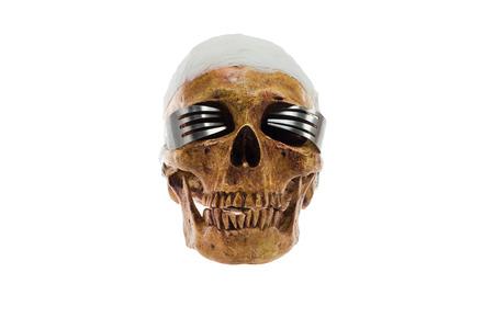 ハロウィーン頭蓋およびガラス製フォーク、白い背景の分離します。