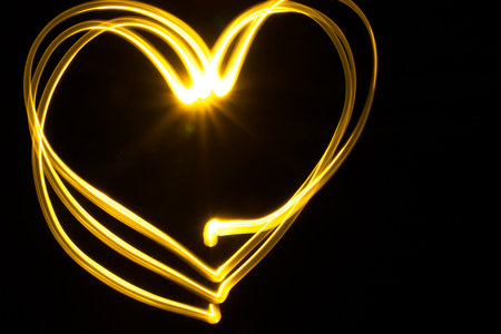 Image of the heart with a light source on the cameras matrix on a dark background