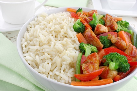 broccoli: Rice with chicken and vegetables