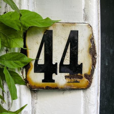 weather beaten: smaltato e ha resistito casa fouty numero quattro