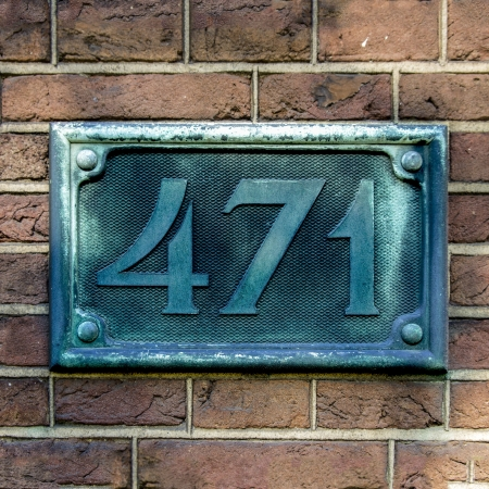 cast metal type: bronze cast house number four hundred and seventy-one
