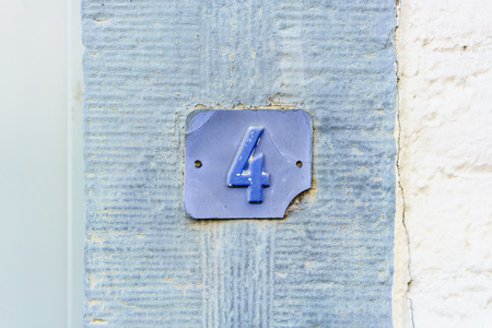 Ordinal: Blue house number four