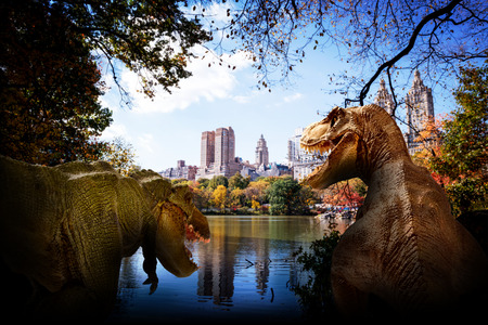 scene of the giant dinosaur destroy the city