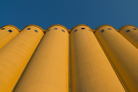 isolation tank: Tower silos facility for grain storage