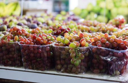 main market: Grapes at Shuk Carmel, main market in Tel-Aviv, Israel
