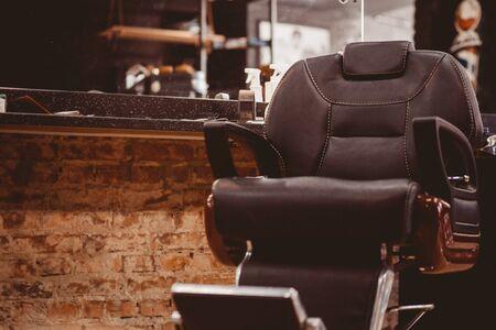 Barbershop armchair. modern hairdresser and hair salon, barber shop for men. Banque d'images