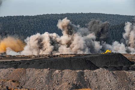 Explosive works on open pit coal mine industry Imagens