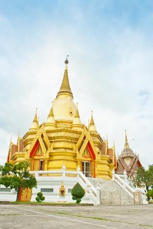 wang: Iglesia de Oro en Wang ma ahora Templo de Ratchaburi, Tailandia Foto de archivo
