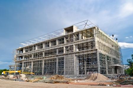 comercial: la construcci�n de edificios grandes Foto de archivo