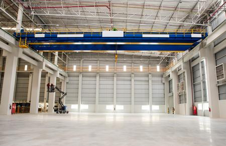 Factory overhead crane 版權商用圖片