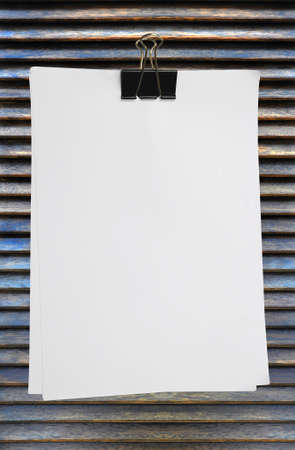 white blank note paper on wood background Stock Photo - 8671286
