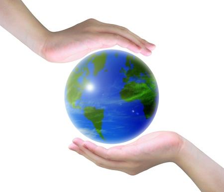 amor al planeta: mundo y mujeres mano sobre fondo blanco