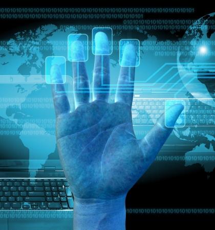 ビジネスマンのタッチ画面のインターフェイス上の指のスキャン