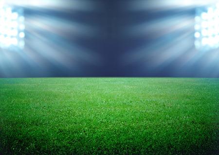 terrain foot: terrain de football et les lumi�res