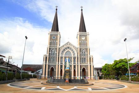 Alte Kirche der römisch-katholischen in Chantaburi Provinz, Thailand Standard-Bild - 30650964
