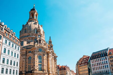 Frauenkirche church and european buildings in Dresden, Germany Standard-Bild