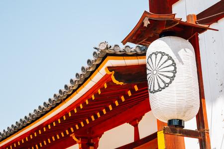 Todai-ji temple traditional lantern in Nara, Japan 版權商用圖片