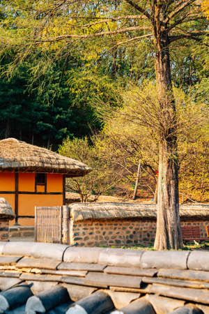 Cheonan, Korea-April 28, 2020: Yu Gwan-sun Historic Site. Yu Gwan-sun's birthplace. Korean traditional house 免版税图像 - 152496857
