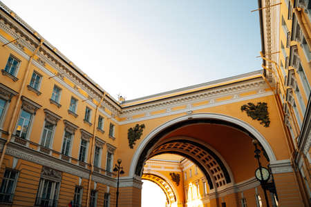 General Staff Building at Palace Square in Saint Petersburg, Russia 版權商用圖片 - 157593337