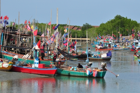 Thai fishing boats used as a vehicle for finding fish in the seaa