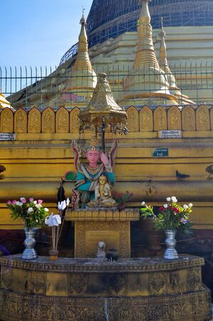 daw: Beautiful detail of Shwe Maw Daw Pagoda in Myanmar.