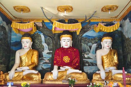 daw: Buddha statues of Shwe Maw Daw Pagoda in Yangon,Myanmar
