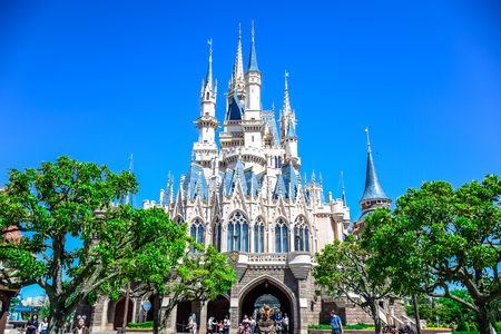 CHIBA, JAPAN: View of Tokyo Disneyland Cinderella Castle 新闻类图片