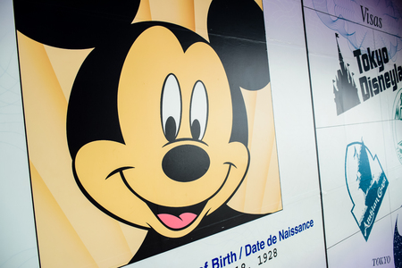 CHIBA, JAPAN: Mickey Mouse's passport and visa to Tokyo Disneyland and Tokyo Disneysea 新闻类图片