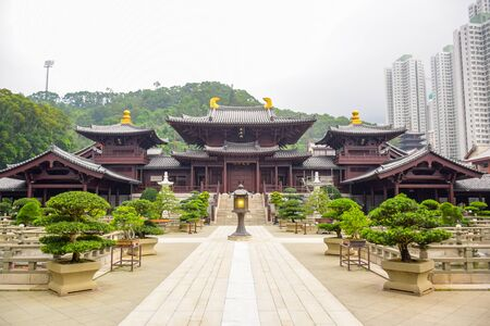 Chi Lin Nunnery, a large Buddhist temple complex located in Diamond Hill, Kowloon, Hong Kong 에디토리얼