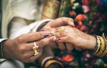 matrimonio feliz: anillo de boda