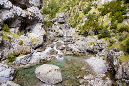 anisclo: View on River Bellos in big Canyon Anisclo  in Ordesa Nation Park in Pyrenees, Spain  Autumn time  Stock Photo