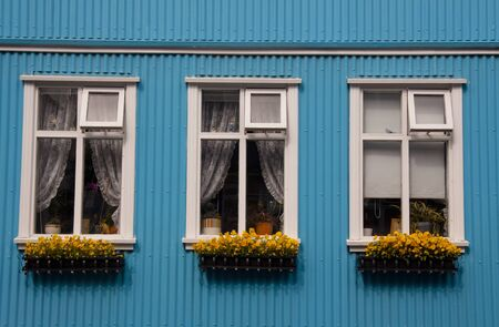 reykjavik: Tres ventanas t�picas en Reykjavik - Islandia Foto de archivo