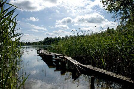 mediodía: Wigry lago polaco al mediod�a
