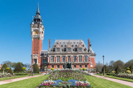 Calais, France, the beautiful city hall in spring, in the North of France Zdjęcie Seryjne