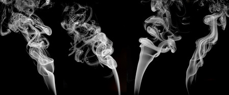 White smoke set on black background , graphic ressource . Banque d'images