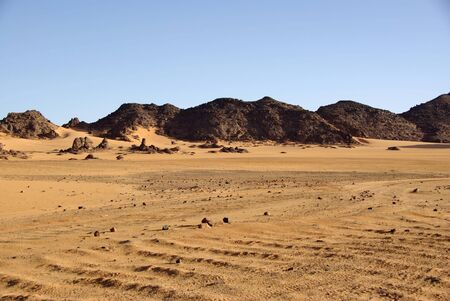 reg: Libyan desert