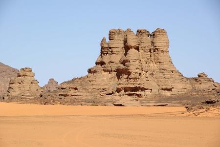 libyan: Peak in Libyan desert
