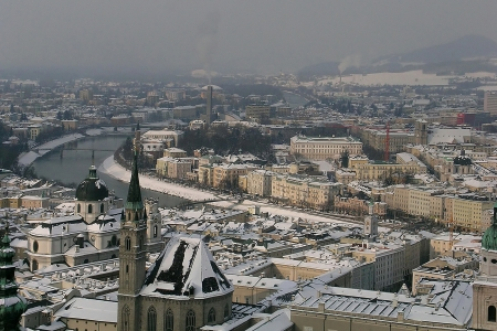 Panoramic view of Salzburg in winter         Stock Photo - 14969182