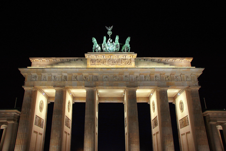 The Brandenburg Gate in Berlin, a night view Stok Fotoğraf